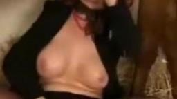 Zoo porn video кудрявая рыжая женщина в чулках трахается с лошадью